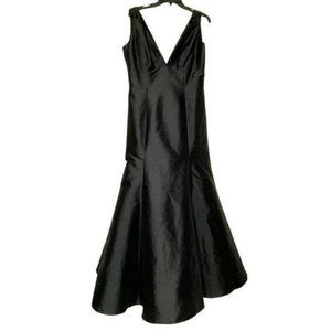 Monique Lhuillier Black Maxi Trumpet Dress Gown